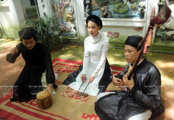 Một tiết mục hát ca trù của các học viên Trung tâm Phát triển Nghệ thuật âm nhạc Việt Nam.